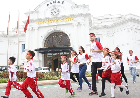 Giải Edurun 2016: Hơn 10.000 người chạy góp quỹ xây trường cho học sinh nghèo Quảng Trị