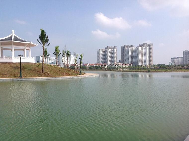 Chòi ngắm cảnh trong khuôn viên hồ điều hòa tại An Bình City